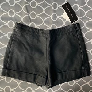 🆕 NWT French Connection Black Shorts